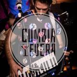 Imagen de Cumbia y Fuera