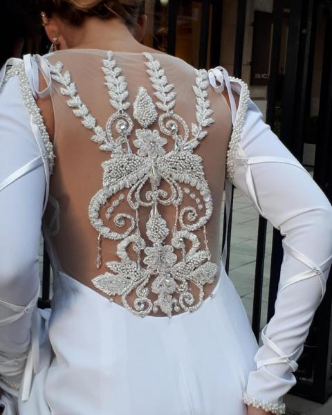 Lily Naya (Vestidos de Novia)   Casamientos Online