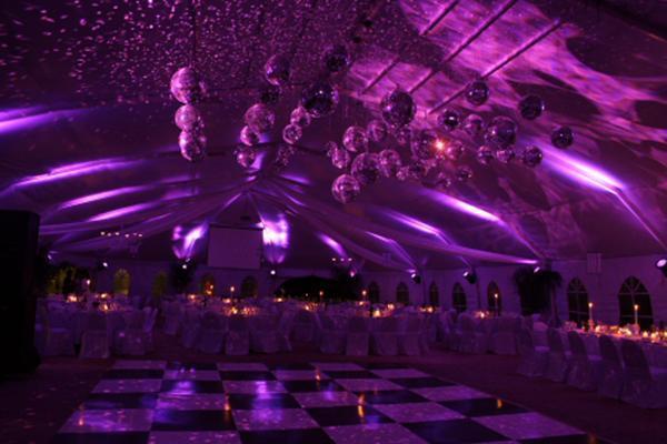 van Domselaar Djs Eventos | Casamientos Online