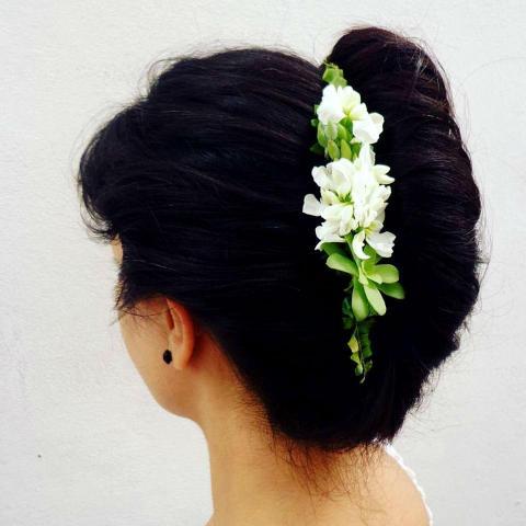 Tocados con flores naturales y suculentas
