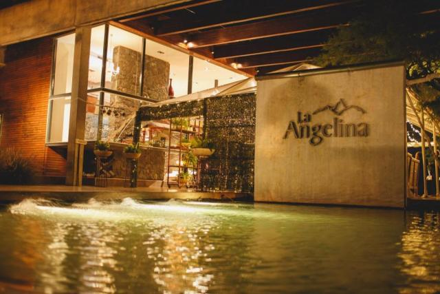 La Angelina - Estancia contemporánea (Salones de Fiesta)