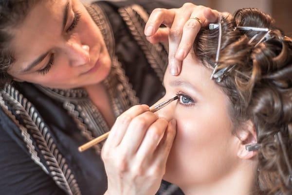 Carla Tau makeup, hair & accesorios (Maquillaje)