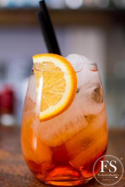 Le Club (Bebidas y Barras de Tragos)