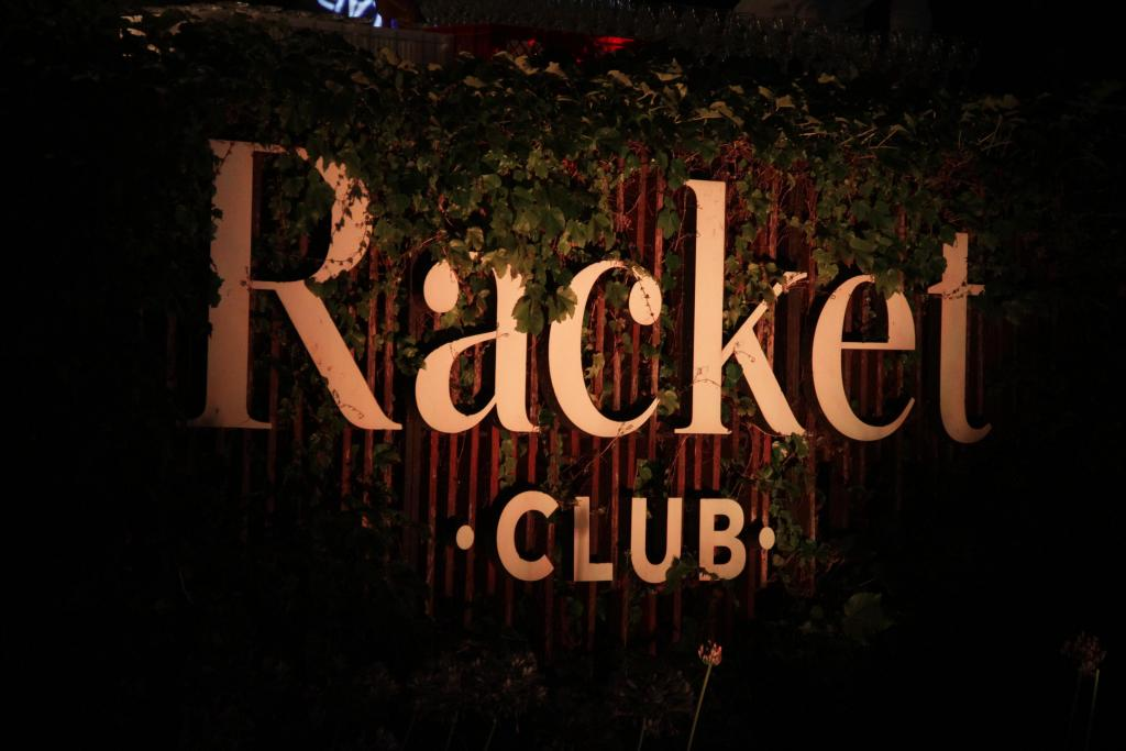 Espacios Racket Club by Croque Madame