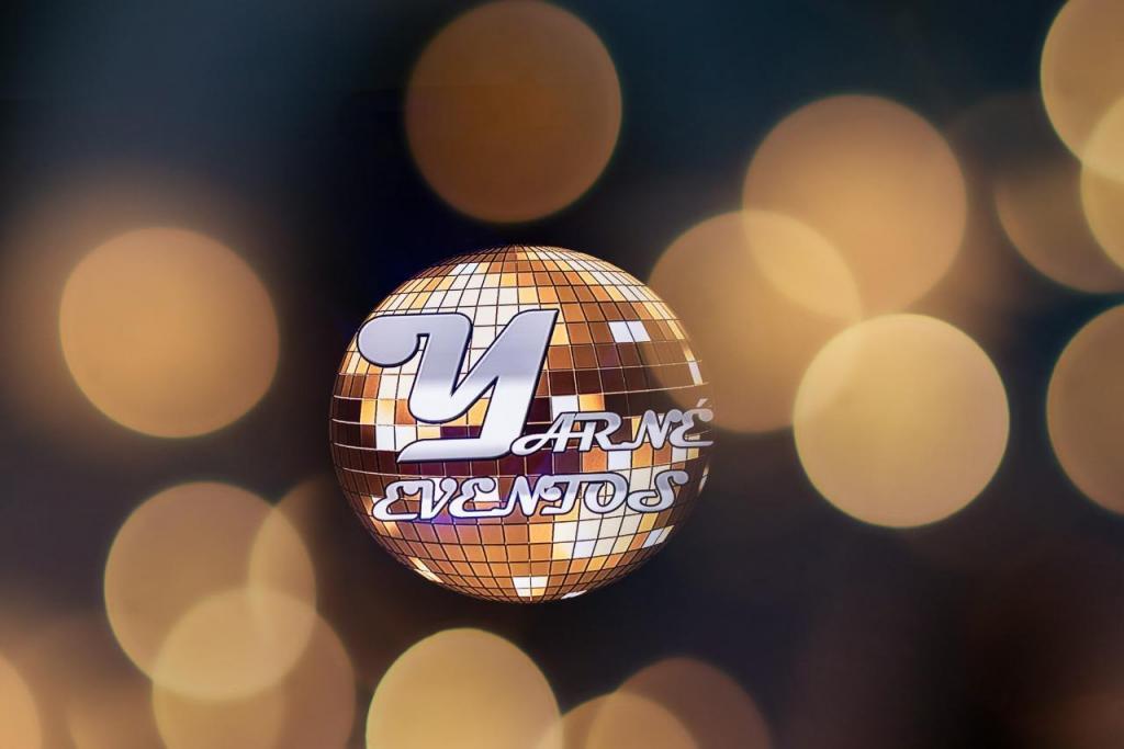 Menú 5 - Premium + Islas + Pernil + SHOW MUSICAL EN VIVO