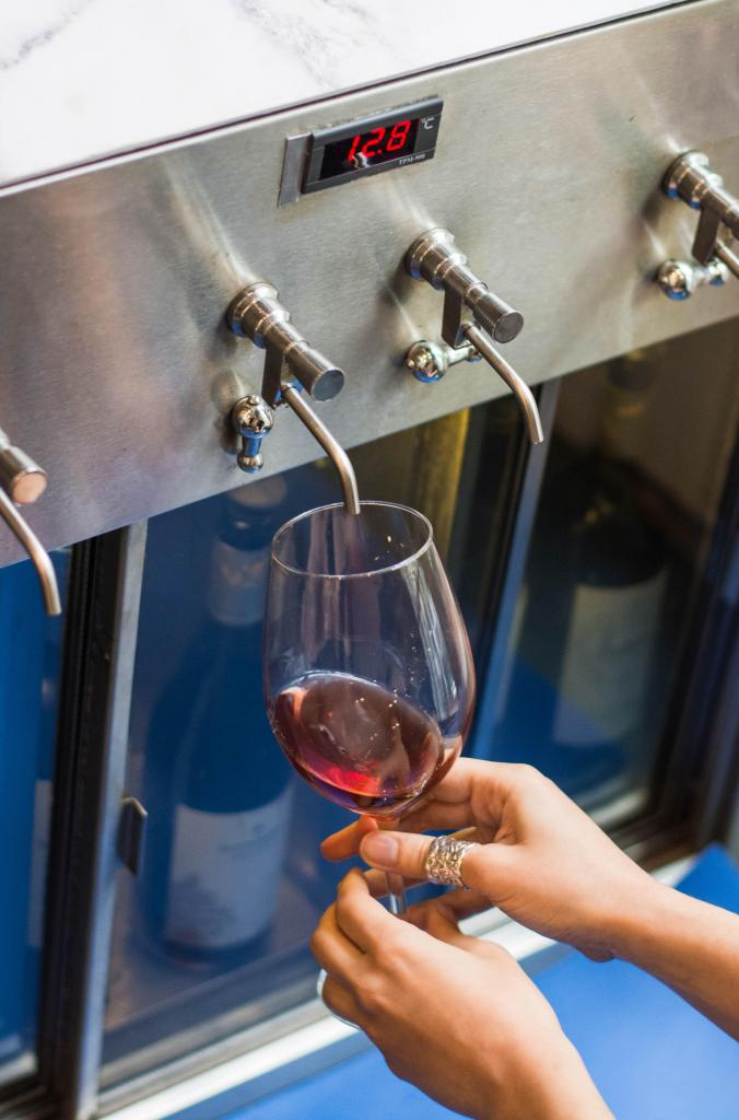 Wine Point (Bebidas y Barras de Tragos)