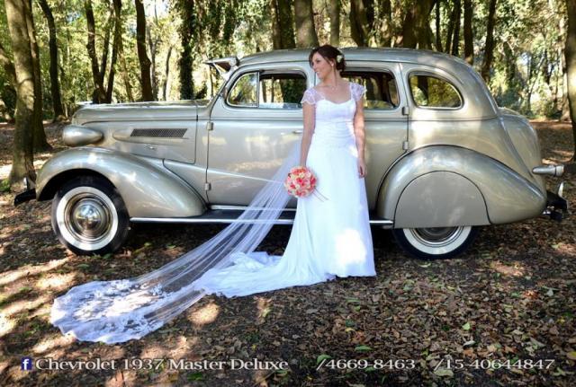 Golden Car (Autos para casamientos)   Casamientos Online