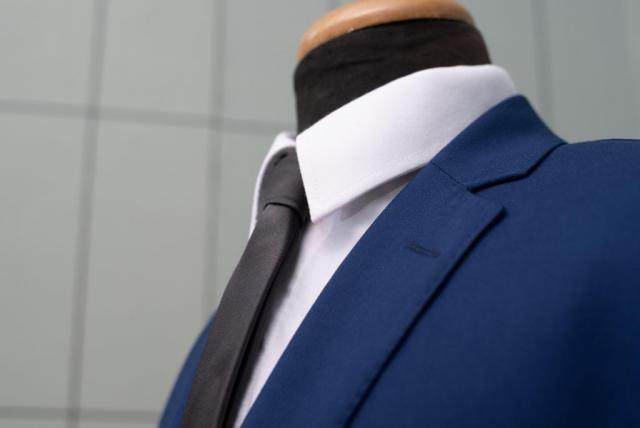 Traje azul francia, ideal para civil o casamiento de dia. | Casamientos Online