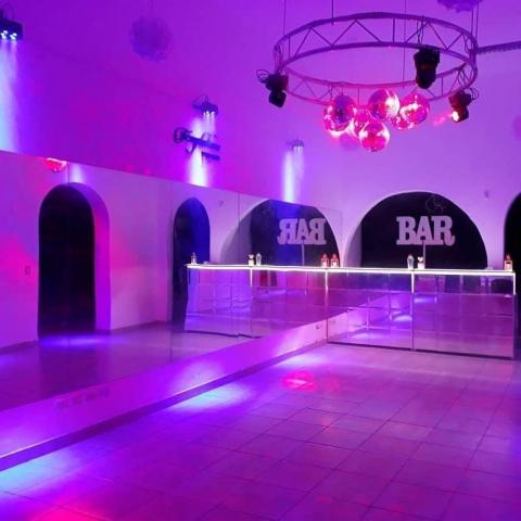 Paquete para tu Civil, (Salón+catering+barra+DJ) Completo!