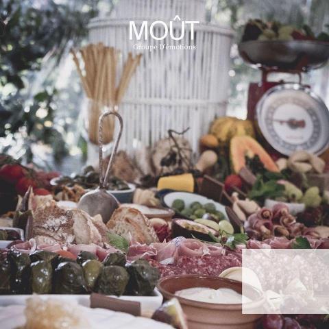 Mout (Salones de Fiesta y Hoteles)