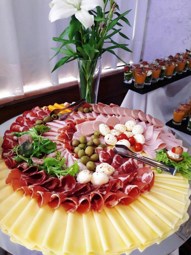 Yarne Eventos Catering (Catering)