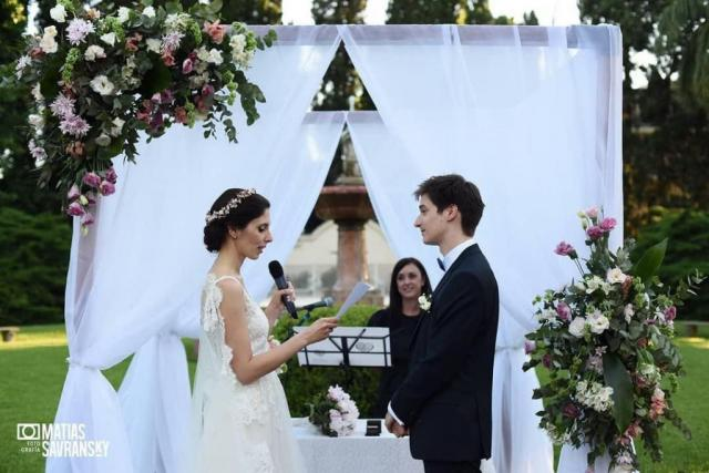 Ceremonia Bilingue Español / Frances | Casamientos Online