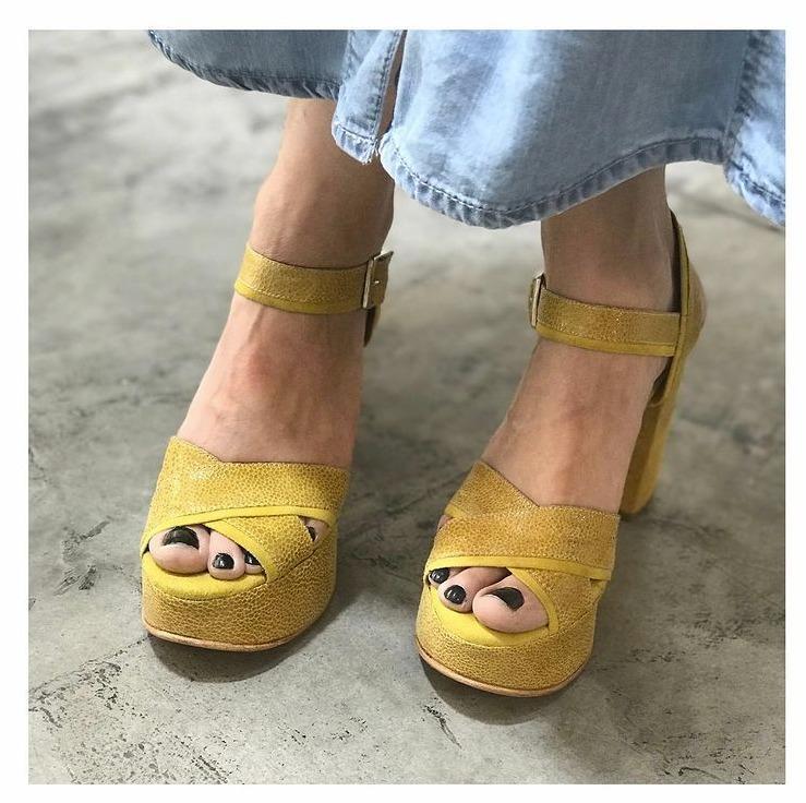 Lehoi (Zapatos de Novias)