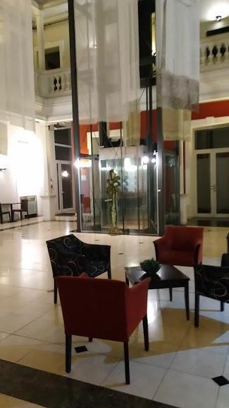 Gran Hotel Victoria (Noche de Bodas)