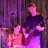 Baterista y guitarrista