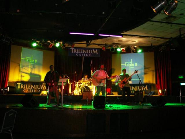 Primera actuación en Trilenium 2010